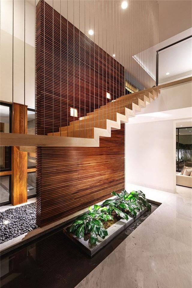 Hệ cầu thang với phong cách thiết kế hiện đại.