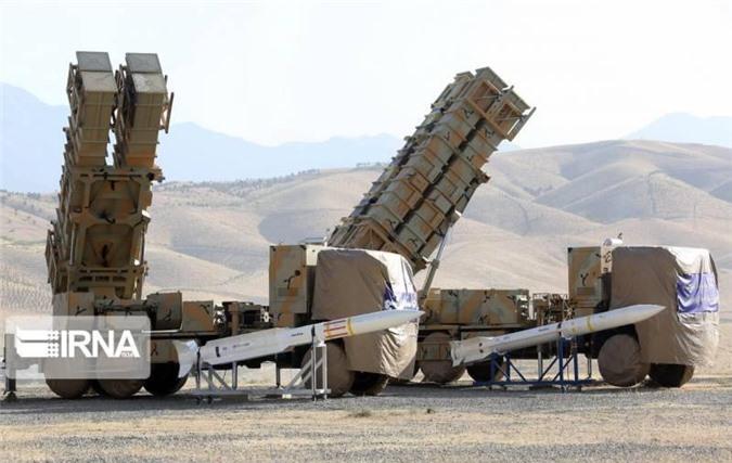 Hai loại tên lửa Sayad-3 và Bavar-373 được sử dụng trên hệ thống