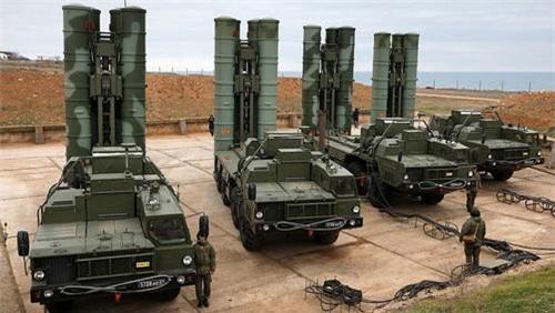 Tư duy thiết kế của S-400 bị cho là đã quá lạc hậu. Ảnh: Defence Blog.