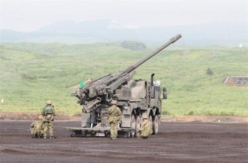 Type 19 có thể đạt tầm bắn từ 30-38km tùy loại đạn sử dụng. Ảnh: Sina