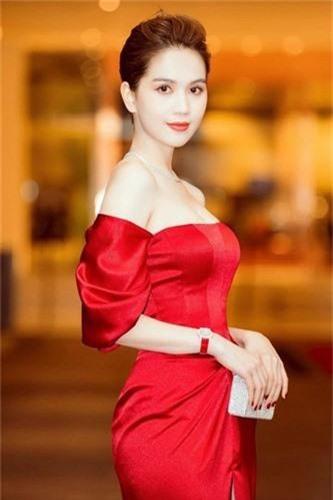 Ngoc Trinh dien vay do chot khoe than hinh nuot khong ty vet-Hinh-3