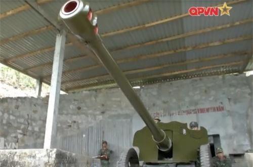 Hiện nay, D-44 vẫn được trang bị rộng rãi trong lực lượng pháo binh lục quân, hải quân Việt Nam. Ảnh: QPVN