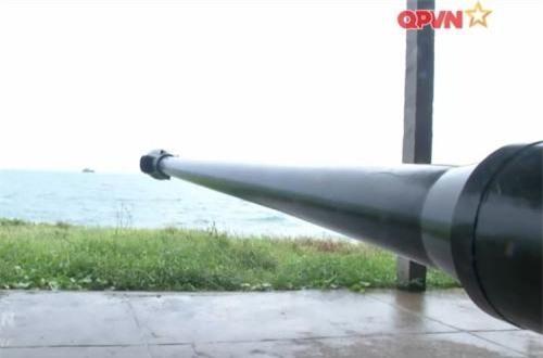 Trong ảnh là khẩu pháo D44 được sử dụng cho nhiệm vụ phòng thủ bờ biển. Ảnh: QPVN