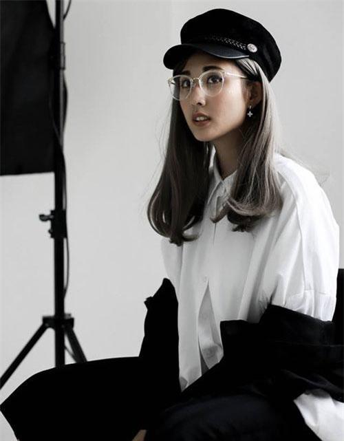 Nhiều người còn xem Julia như là một fashionista mới, gây được sức hút lớn bởi phong cách ấn tượng và cá tính của mình.
