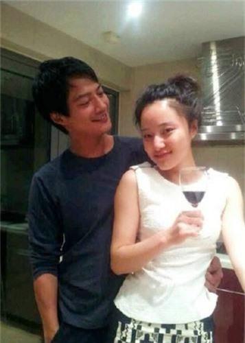 Anh ngot ngao cua Chau Tan ben chong truoc tin don ly hon-Hinh-9
