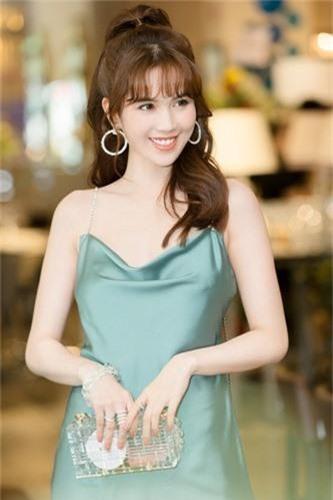 Choang vang biet thu sang chanh 50 ty dong cua Ngoc Trinh ban trai dai gia tang-Hinh-5