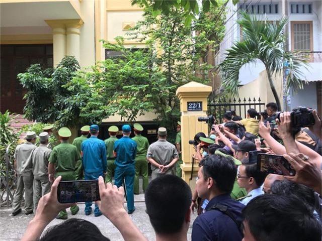Tòa tuyên án bị cáo Nguyễn Hữu Linh 18 tháng tù - Ảnh 6.