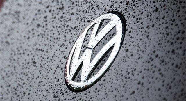 Volkswagen chuẩn bị thay đổi logo - 1
