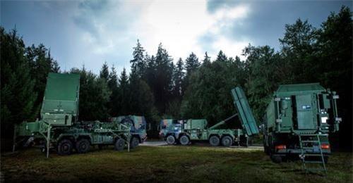 Hệ thống tên lửa phòng không MEADS của châu Âu. Ảnh: Military Today.