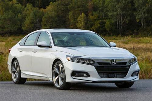 Honda Accord thế hệ thứ 10.