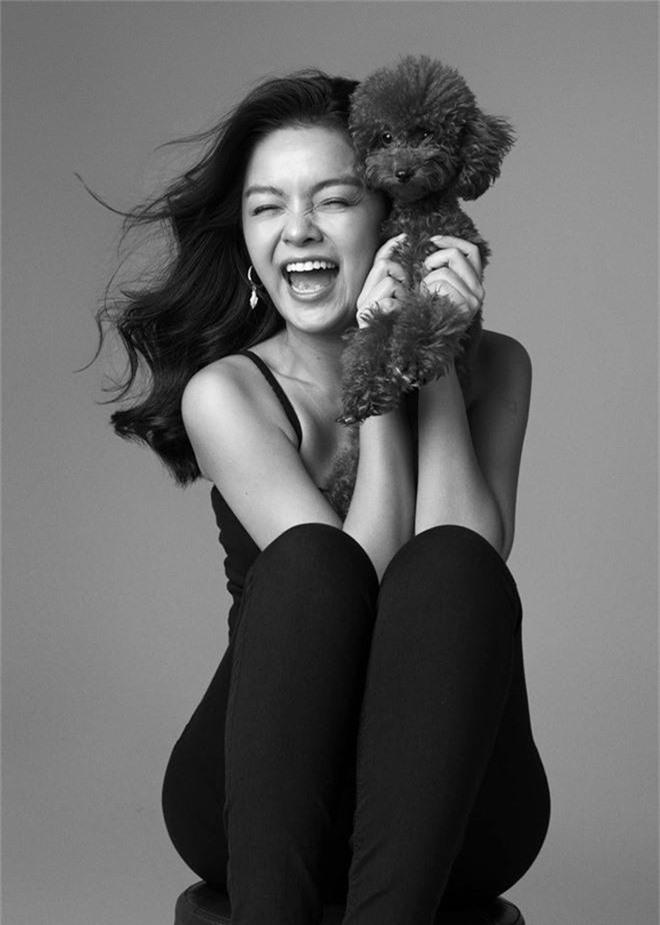 Phạm Quỳnh Anh ngày càng xinh đẹp và gợi cảm, tung bộ ảnh đơn sắc mừng tuổi 35 mà ngỡ 25 - Ảnh 6.