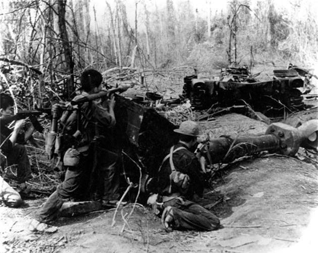 Sung chong tang B-40: Huyen thoai sanh ngang AK-47 trong chien tranh Viet Nam-Hinh-11
