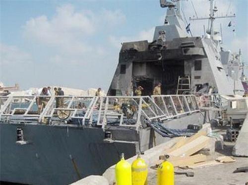 Tàu INS Hanit sau khi bị trúng tên lửa. Ảnh: Naval Today.