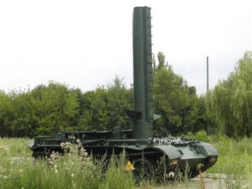 Ống thở của BTS-4 trong trạng thái hoạt động. Ảnh: Military Today.