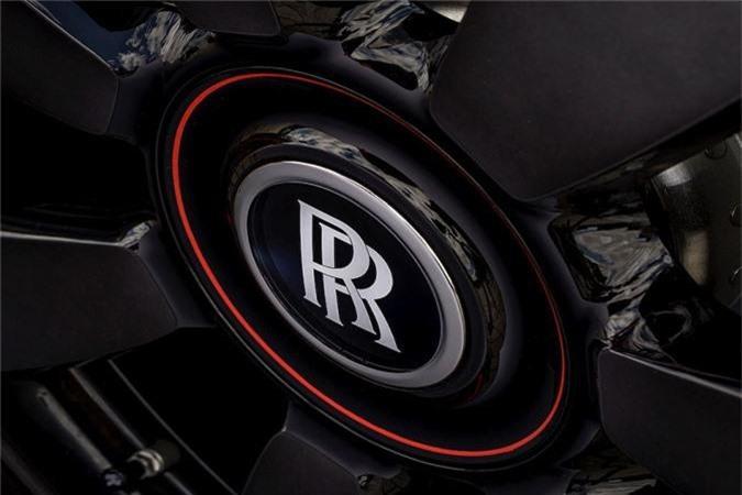 """Dai gia so huu 11 xe Rolls-Royce, """"thua rieng"""" Cullinan mau doc-Hinh-6"""