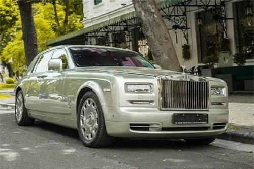 Vào năm 2014, hãng xe Anh quốc ra mắt bộ sưu tập xe siêu sang Rolls-Royce Suhail Collection nhằm vinh danh Ibn al-Haitham - nhà toán học, nhà thiên văn học, nhà triết học Ả Rập ở thế kỷ thứ 10. Suhail là tên một chòm sao đã truyền cảm hứng làm khoa học cho Ibn al-Haitham.