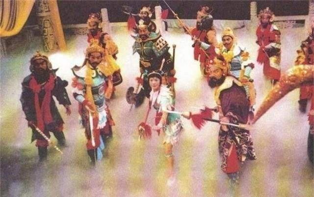 Tây Du Ký: Bí ẩn đại náo Thiên Cung chỉ là màn kịch, và Tôn Ngộ Không chỉ là con rối đáng thương - Ảnh 1.
