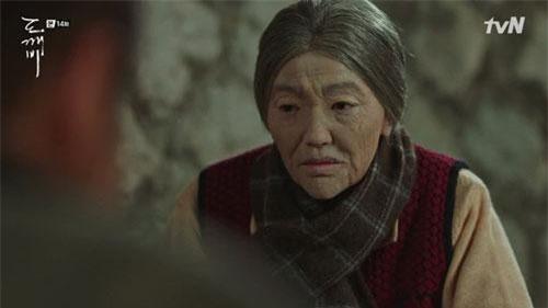 Hình hài bà lão của Samshin Halmoni lúc nhận nuôi Ji Eun Tak