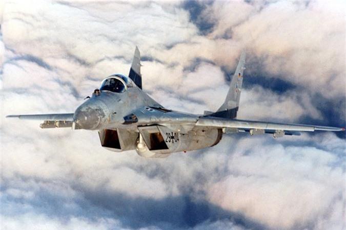 Ty phu dong sang lap Microsoft rao ban... tiem kich MiG-29-Hinh-8