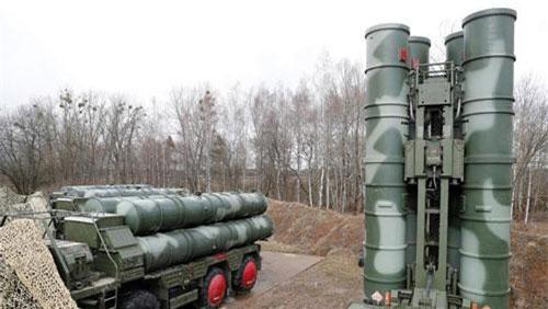 S-400 được xem là hệ thống phòng thủ tên lửa hiện đại nhất thế giới. (Ảnh: Reuters)