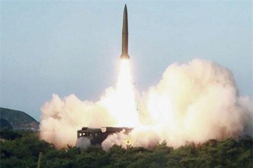Vụ thử tên lửa đạn đạo tầm ngắn của Triều Tiên KN-23 diễn ra hôm 25/7. ảnh: KCNA.