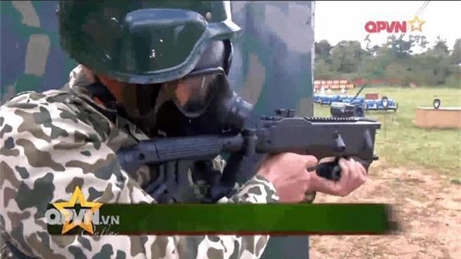 Khẩu súng đặc biệt - Vũ khí chống khủng bố cực lợi hại của Đặc công Việt Nam - Ảnh 1.