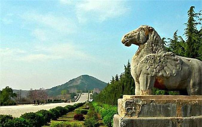 Thực hư 800 tấn kho báu trong lăng mộ nữ hoàng Võ Tắc Thiên - anh 10
