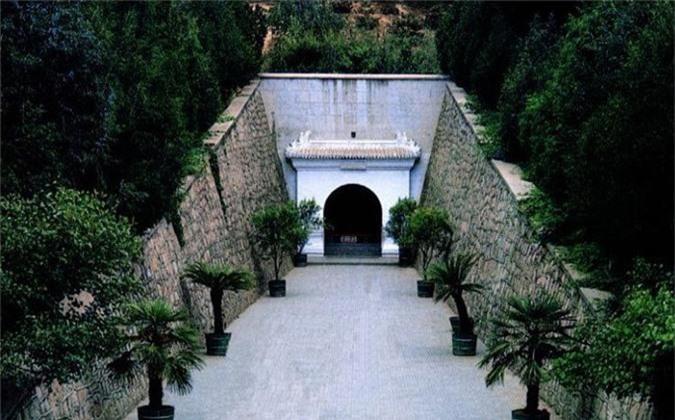 Thực hư 800 tấn kho báu trong lăng mộ nữ hoàng Võ Tắc Thiên - anh 14