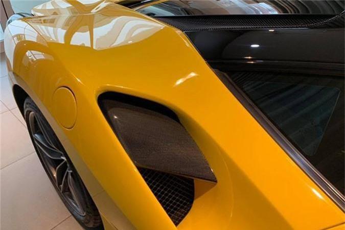 Dai gia Ha Noi chi tram trieu do sieu xe Ferrari 488 GTB-Hinh-4