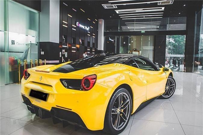 Dai gia Ha Noi chi tram trieu do sieu xe Ferrari 488 GTB-Hinh-8