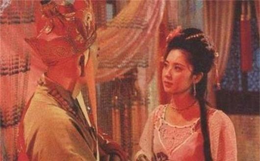 Tây Du Ký: Lý giải cái quay đầu cuối cùng đầy ẩn ý của Đường Tăng dành cho Tây Lương nữ vương - Ảnh 2