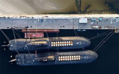 Các tàu ngầm được đóng theo Đề án 941 của Hải quân Liên Xô trước đây được coi là các tàu ngầm lớn nhất trong lịch sử từng được xây dựng và tới nay vẫn được Hải quân Nga tiếp tục sử dụng. Nguồn ảnh: QQ.