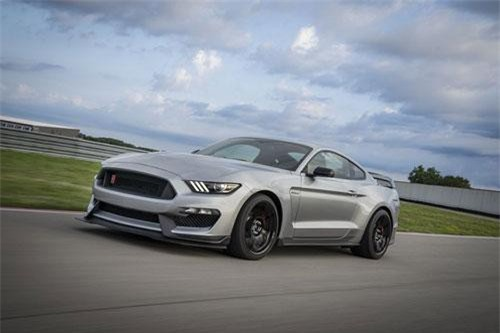 Ford Mustang Shelby GT350R 2020.