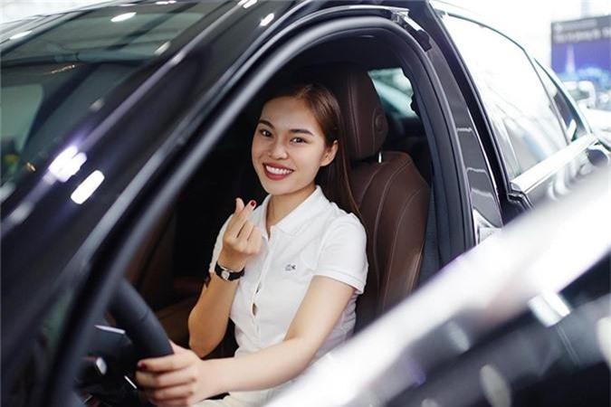 Giang Hong Ngoc tau xe sang Mercedes-Benz E-Class hon 2 ty-Hinh-6