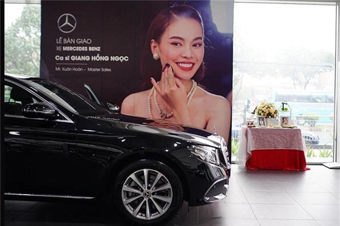 Giang Hong Ngoc tau xe sang Mercedes-Benz E-Class hon 2 ty-Hinh-8