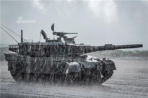 Đáng chú ý nhất trong màn trình diễn của Lực lượng Phòng vệ Mặt đất Nhật Bản vừa diễn ra đó là các xe tăng chủ lực Type 10. Nguồn ảnh: Sina.