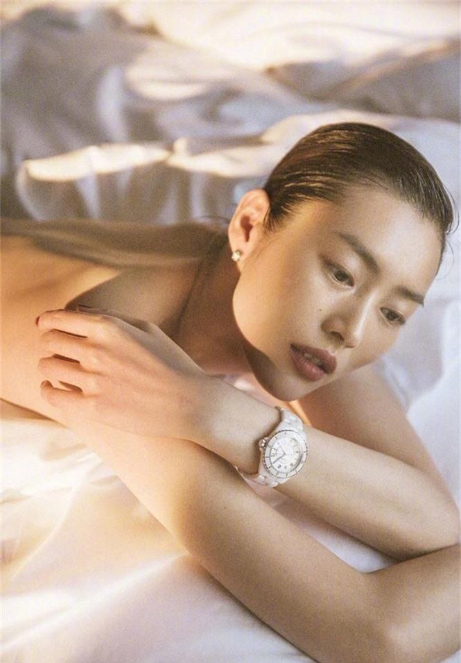 Dáng vóc hoàn hảo của mỹ nhân nội y gốc Hoa Liu Wen - ảnh 15