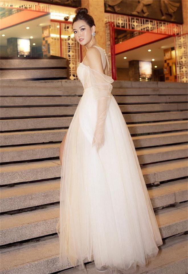 Xuất hiện trên trang chủ Miss International, Tường San được fan quốc tế dành lời khen có cánh vì nhan sắc đáng gờm - Ảnh 3.