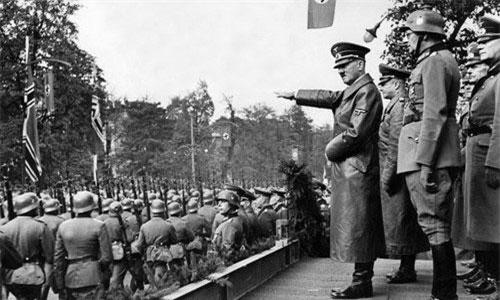 Đời tư của trùm phát xít Đức Adolf Hitler là một trong những chủ đề được quan tâm lớn. Hitler được biết đến là nhà độc tài phát xít khét tiếng, gây ra cái chết của hàng triệu người Do Thái trong Chiến tranh thế giới 2... Tuy nhiên, không phải ai cũng biết đến mối tình đầu của trùm phát xít Hitler lại là một cô gái Do Thái.