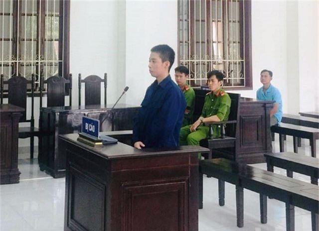 Bị cáo Tùng tại phiên xét xử.