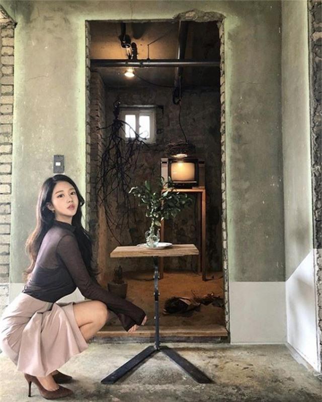 Gái xinh xứ Hàn mặt thiên thần body cực phẩm: Vẫn khoe đường cong nhưng lại nửa kín nửa hở khiến anh em nhức mắt - Ảnh 10.