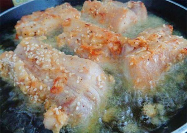 Những sai lầm khi nấu thịt vừa mất chất vừa gây ung thư