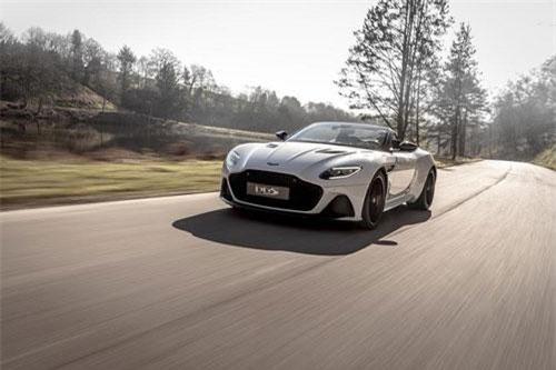 Siêu xe mui trần Aston Martin DBS Superleggera Volante.