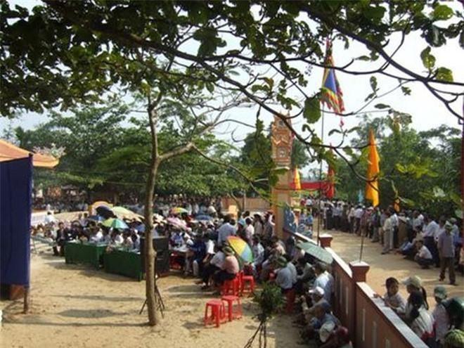 Địa phương hiện còn đền thờ Mẫn Lệ phi là Vĩnh Linh (Quảng Trị)