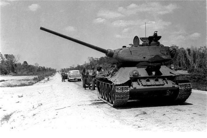 Cuba hoi sinh xe tang T-34-85 rat hay, Viet Nam nen hoc hoi?-Hinh-17