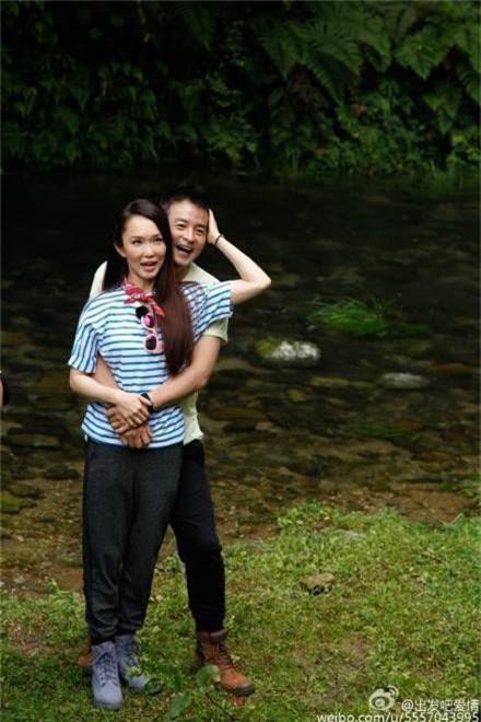 Không thể ngờ đây là Tiểu Long Nữ Phạm Văn Phương: U50 nhưng sành điệu, hack tuổi khó tin - Ảnh 6.