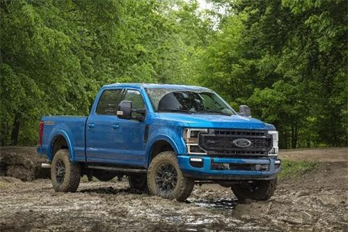 2. Ford Super Duty Run-Road 2020.