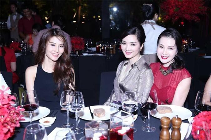 Dan my nhan Giang My, Vu Thuy Nga, Vu Ngoc Anh khoe nhan sac long lay hinh anh 5