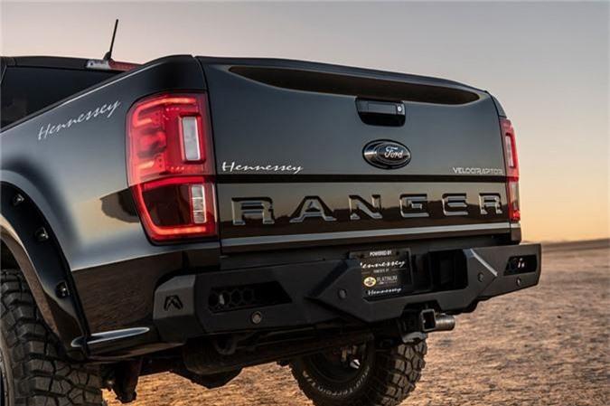 Ford Ranger do cong suat 360 ma luc, gia cao gap 2,7 lan Toyota Camry hinh anh 6