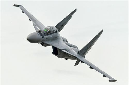 Tiêm kích đa năng Su-30MKM (Nga sản xuất), Malaysia hiện có 18 chiếc. Ảnh: Dambiev